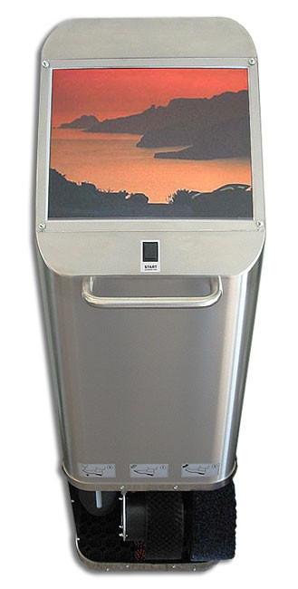 Schuhputzmaschine mit werbewirksamen Multimedia-Display als Werbefläche